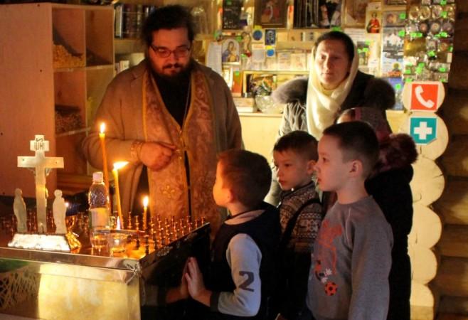 Очередное заняте в Детской воскресной школе храма