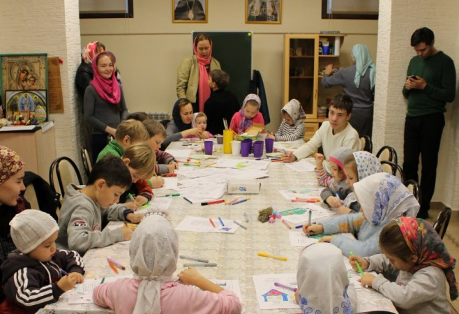 Занятие для воспитанников и собрание для родителей в Детской воскресной школе храма