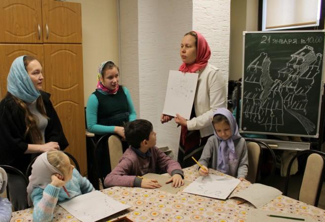 Очередное занятие в Детской воскресной школе храма
