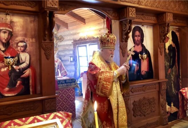 Архиерейское богослужение в день поминовения усопших Радоницу в храме иконы Божией Матери «Скоропослушница» г.Чебоксары