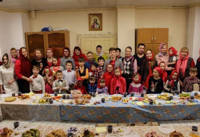 Праздничный Пасхальный утренник для воспитанников Детской воскресной школы храма