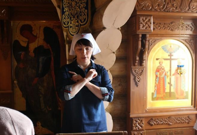 Богослужение с переводом на жестовый язык в Димитриевскую Родительскую субботу