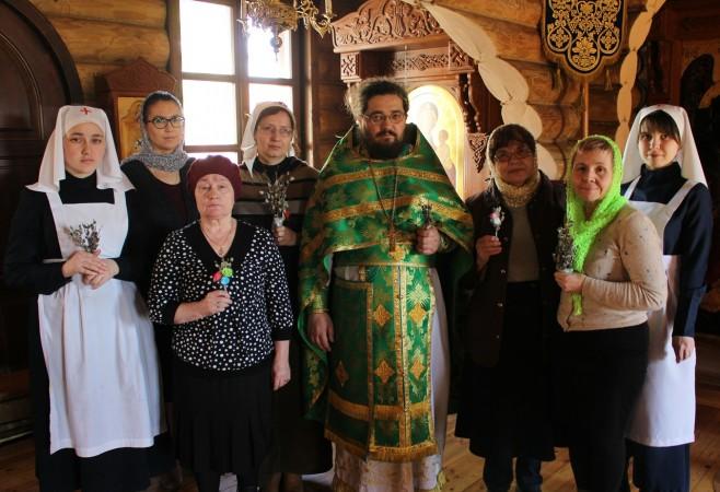Литургия с сурдопереводом в праздник Входа Господня в Иерусалим