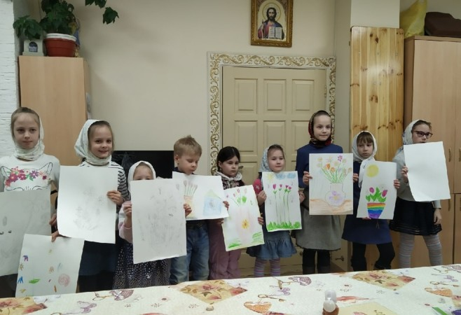 Состоялось очередное занятие для воспитанников Детской воскресной школы храма