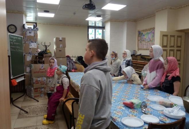 Воспитанникам воскресной школы рассказали о Соборе Архистратига Михаила и прочих Небесных Сил бесплотных