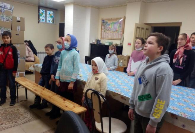 На занятии в воскресной школе ребятам рассказали о важности поминовения усопших