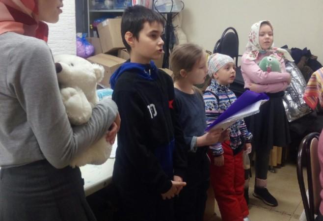 Воспитанники воскресной школы готовятся к празднику Рождества Христова
