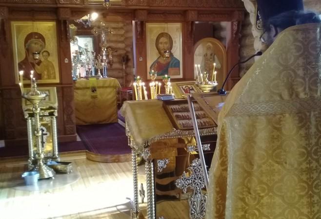 В храме иконы Божией Матери «Скоропослушница» совершили благодарственный молебен по случаю 7-летия со дня освящения