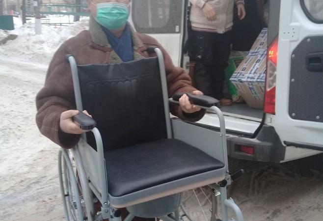Прихожане храма помогли в приобретении инвалидной коляски