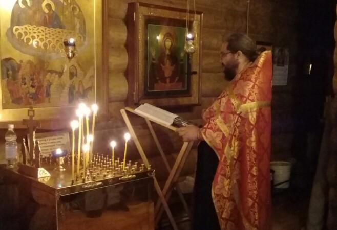В День защиты детей в храме иконы Божией Матери «Скоропослушница» отслужили молебен Вифлеемским мученикам младенцам